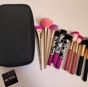 Artis brush case and makeup brushes lot